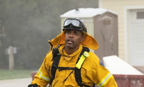 Warren In Trouble - Tall - Station 19 Season 2 Episode 17