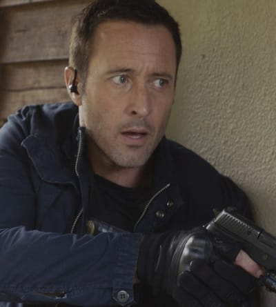 Closing In - Hawaii Five-0 Season 9 Episode 20