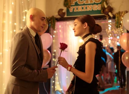 Watch Red Band Society Season 1 Episode 4 Online