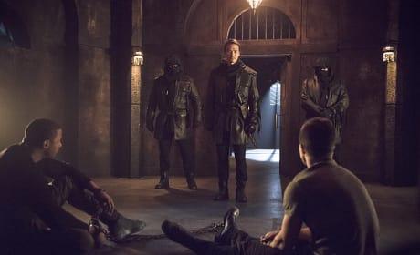 Maseo Checks In - Arrow Season 3 Episode 15