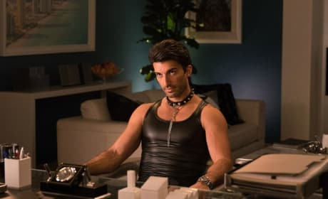 Kinky Rafael - Jane the Virgin Season 4 Episode 9