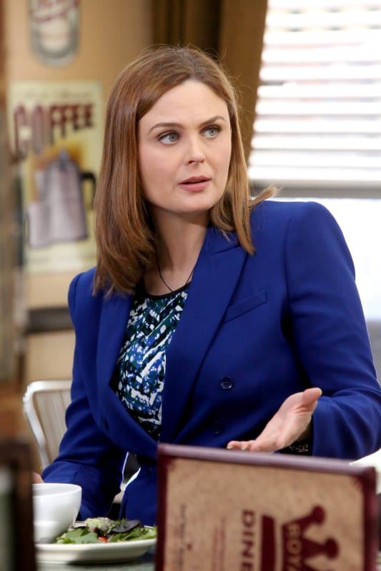 Brennan Talks to Booth - Bones Season 10 Episode 12