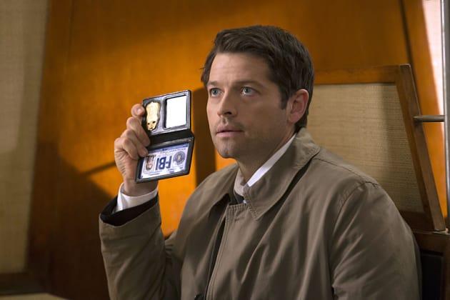 FBI - Supernatural Season 10 Episode 18 - TV Fanatic
