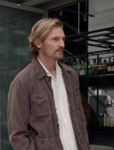 Crushing News - Tall - Good Trouble Season 1 Episode 8