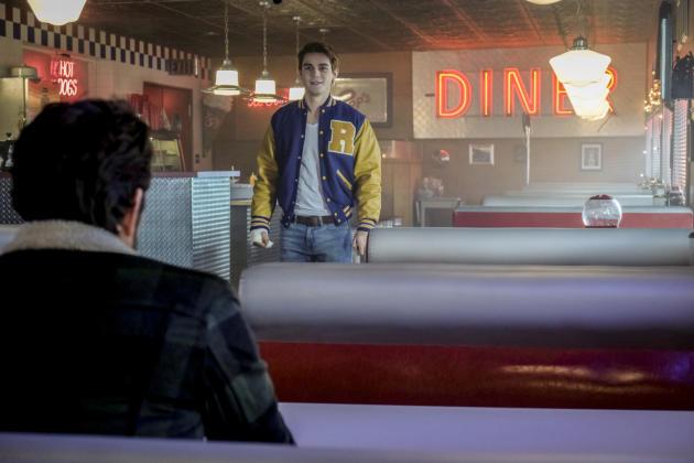 The Andrews Charm - Riverdale Season 1 Episode 13