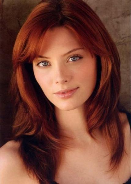 April Bowlby as Kandi