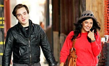 Ed Westwick and Jessica Szohr Take a Stroll