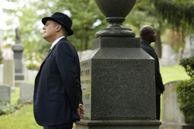 Dembe in the Background - The Blacklist Season 5 Episode 5
