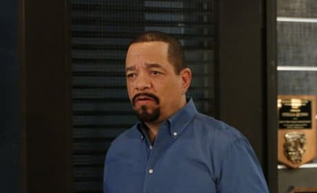 Fin Holds the Last Clue - Law & Order: SVU Season 20 Episode 21