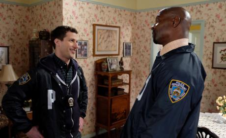 Helping Terry - Brooklyn Nine-Nine