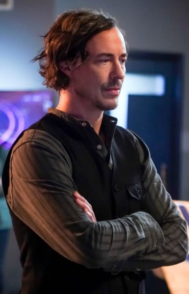 Sherloque Ponders - The Flash Season 5 Episode 15