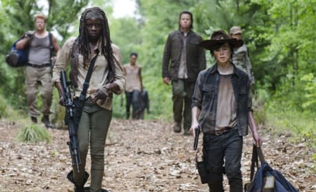 On the Road Again - The Walking Dead Season 5 Episode 2