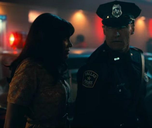 Allison and Cop - The Umbrella Academy Season 2 Episode 3 ...