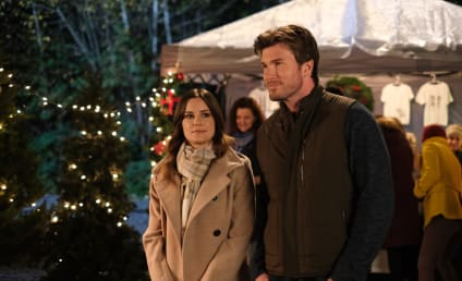 Forever Christmas Review: Mr. 365 Days of Christmas and Smoking Hot Chemistry!
