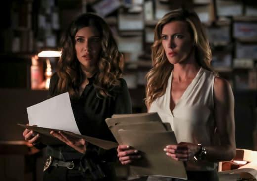 Sidekicks  - Arrow Season 7 Episode 5