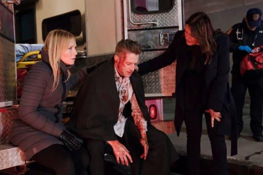 A Badly Injured Cop - Law & Order: SVU Season 19 Episode 18