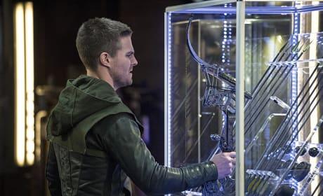 Grabbing an Arrow Season 3 Episode 2