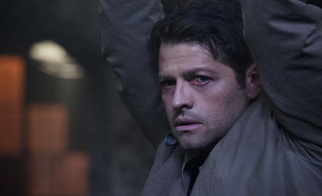 A sad day for Castiel - Supernatural Season 11 Episode 2
