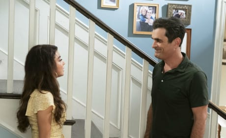 Phil Talks to Haley - Modern Family Season 10 Episode 4