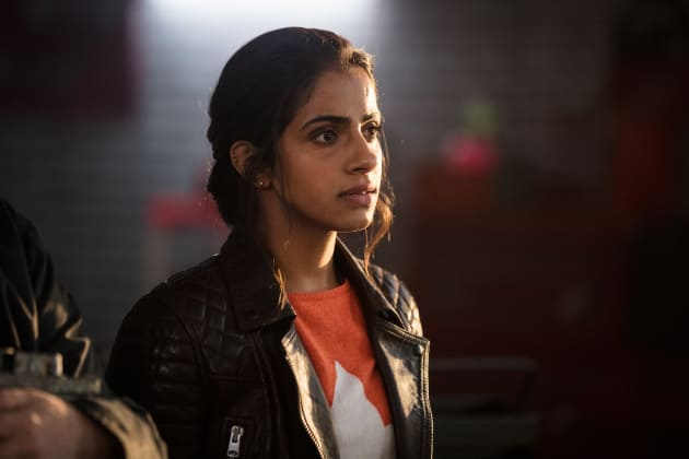 Yasmin Khan, Yaz To Her Friends - Doctor Who Season 11 Episode 1