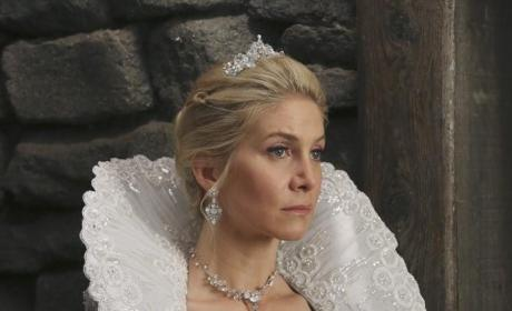 The Snow Queen's Secret - Once Upon a Time Season 4 Episode 6