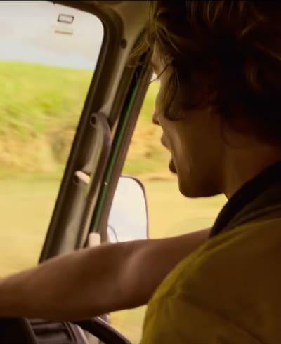 Driving Away - Outer Banks Season 2 Episode 2