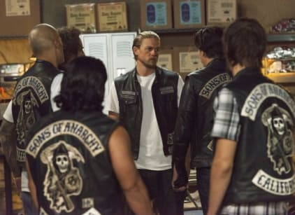 Watch Sons of Anarchy Season 7 Episode 11 Online