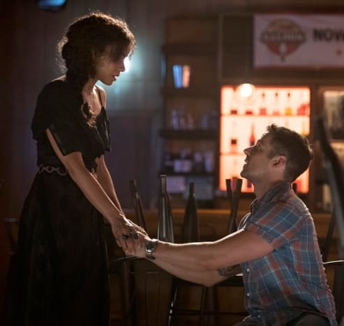 Don't Leave Me - Midnight, Texas Season 2 Episode 3
