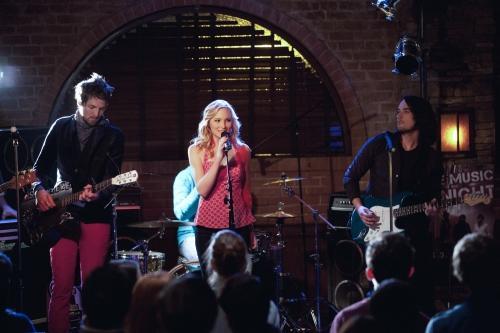 Sing It, Caroline!