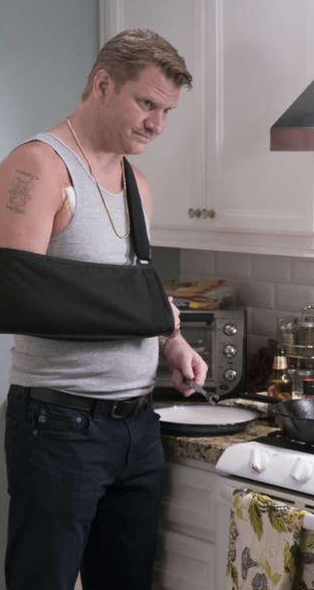 Bunchy Has His Wife Back! - Ray Donovan Season 5 Episode 11