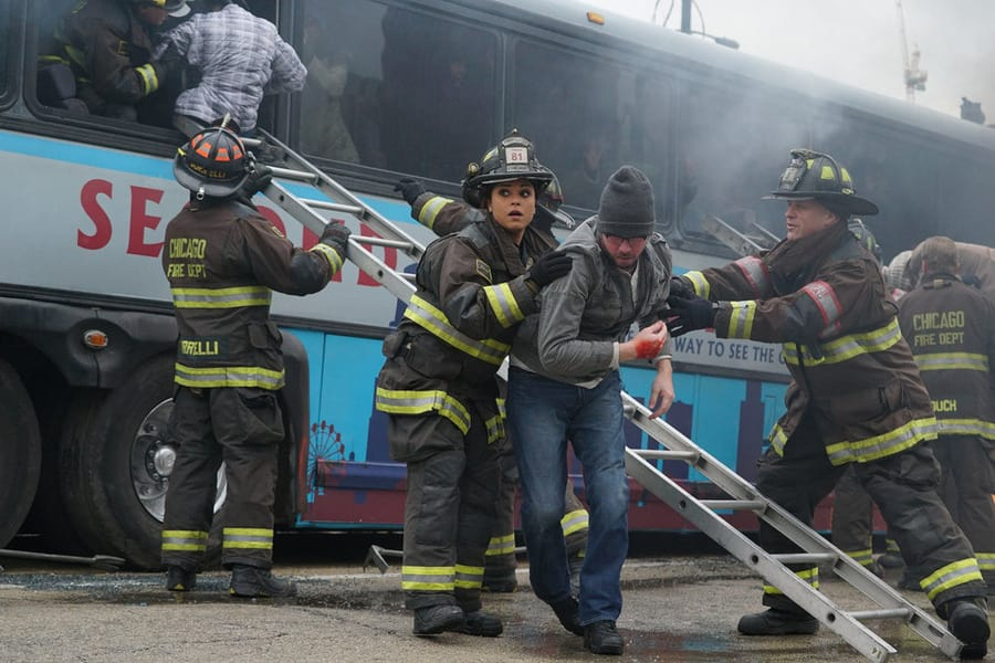 Chicago Fire Season 4 Episode 12 Review: Not Everyone Makes It - TV ...