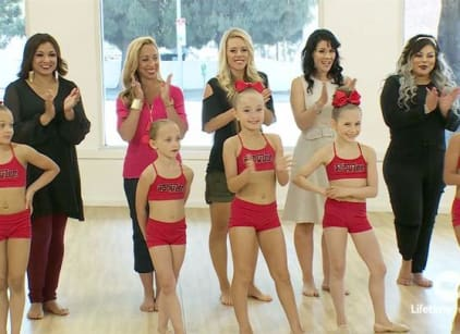 Watch Dance Moms Season 6 Episode 25 Online