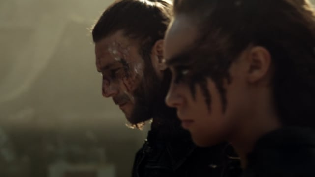 "Lexa and Roan invent fighting sequences on ""Watch The Thrones"""