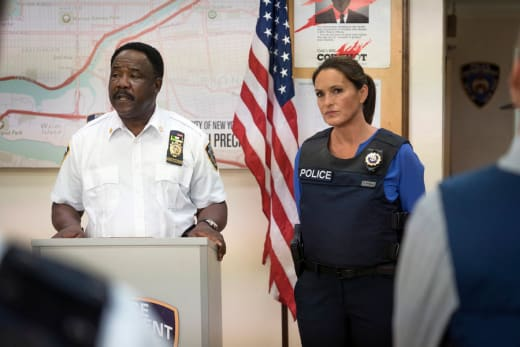Tensions Rise - Law & Order: SVU