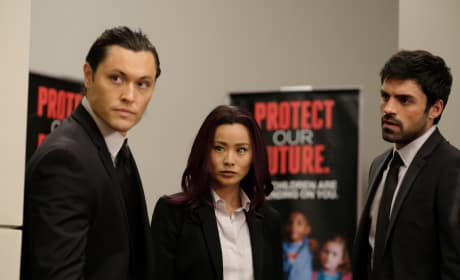 Mutants Under Cover - The Gifted Season 1 Episode 12