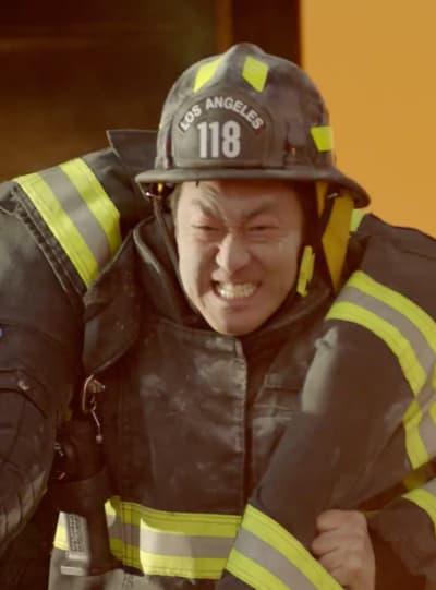 A Rescue - 9-1-1 Season 2 Episode 11