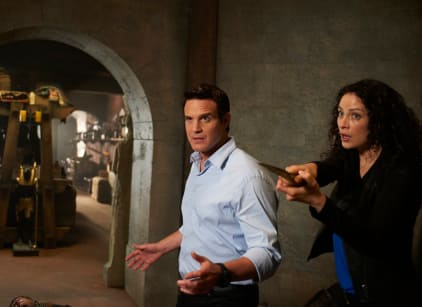 Watch Warehouse 13 Season 5 Episode 1 Online