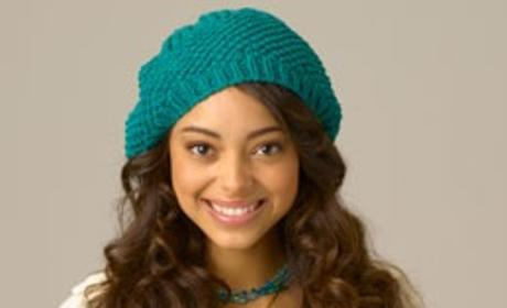 Amber Stevens as Ashleigh