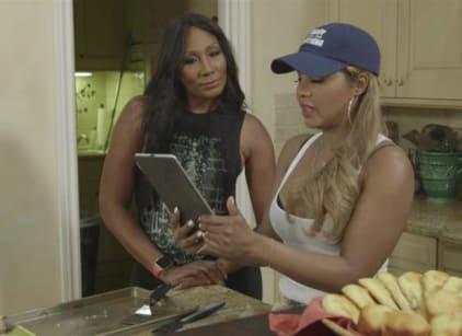 Watch Braxton Family Values Season 5 Episode 14 Online