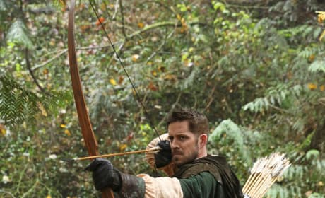 It's Robin! - Once Upon a Time Season 6 Episode 11