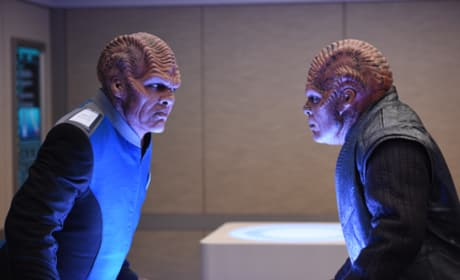 Head to Head - The Orville Season 1 Episode 3