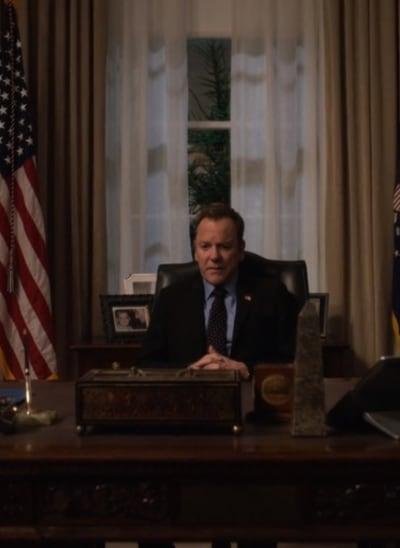 Kirkman at his Desk - Tall - Designated Survivor Season 3 Episode 7