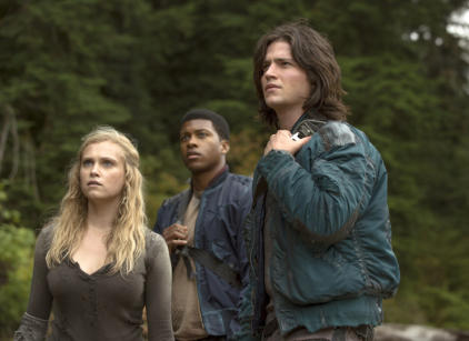 Watch The 100 Season 1 Episode 3 Online