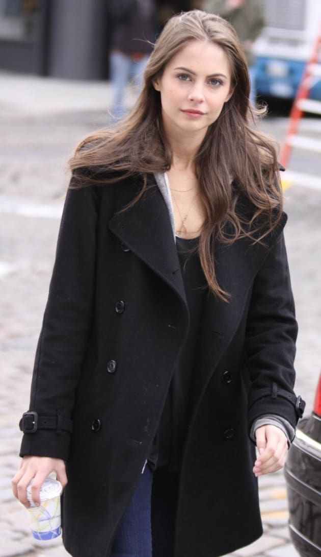 spotted on the gossip girl set  agnes