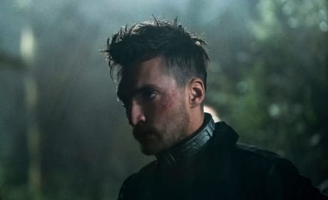Murphy in Danger - The 100 Season 5 Episode 5