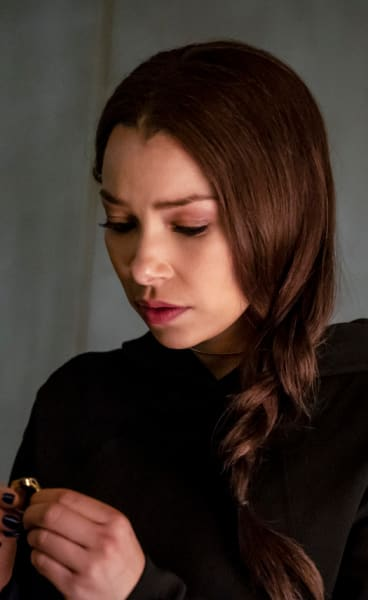 Future Nora - The Flash Season 5 Episode 18