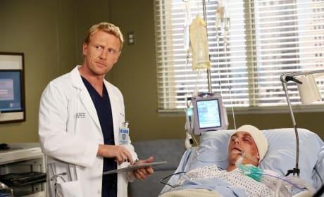 Owen with a Patient - Grey's Anatomy Season 11 Episode 8