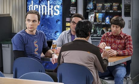 Nobody Wants a Dirty Look From Sheldon - The Big Bang Theory Season 10 Episode 9