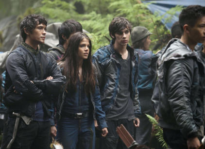 Watch The 100 Season 1 Episode 4 Online
