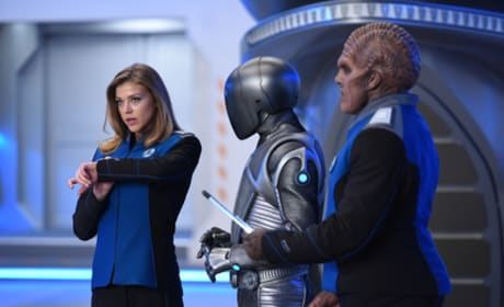Getting Ready - The Orville Season 1 Episode 6